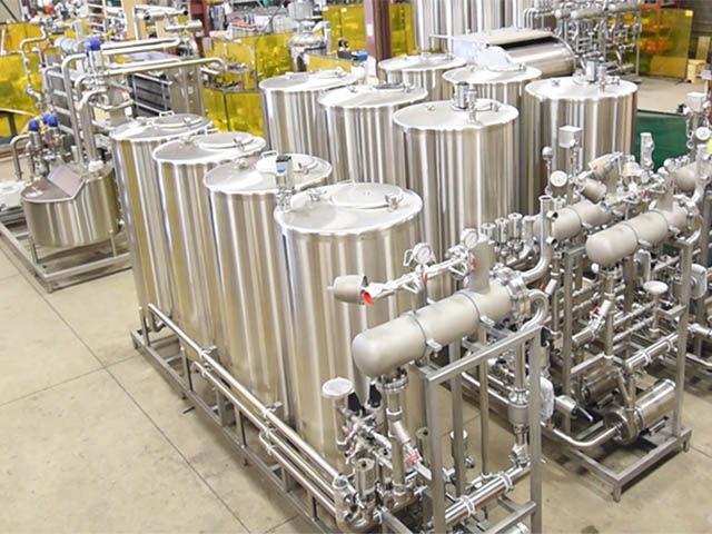 Design and manufacture custom sanitary stainless steel processing equipment.